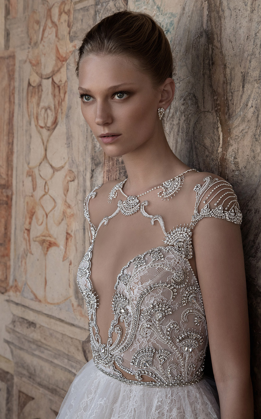 TERRI - Alon Livne 2017 Bridal Collection. www.theweddingnotebook.com