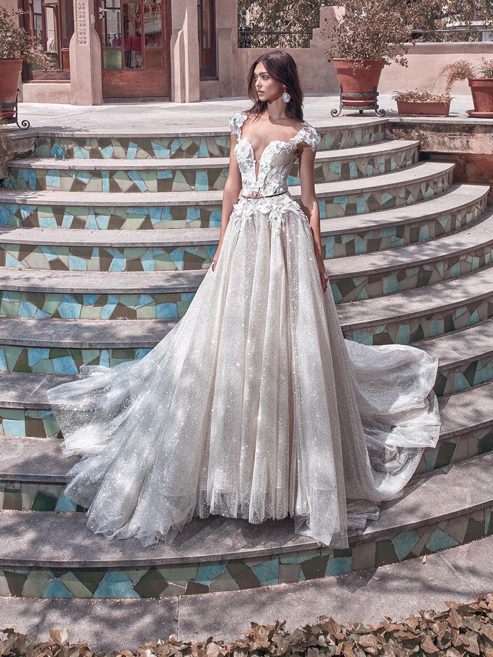 Liliya - Galia Lahav Spring 2018 Collection. www.theweddingnotebook.com