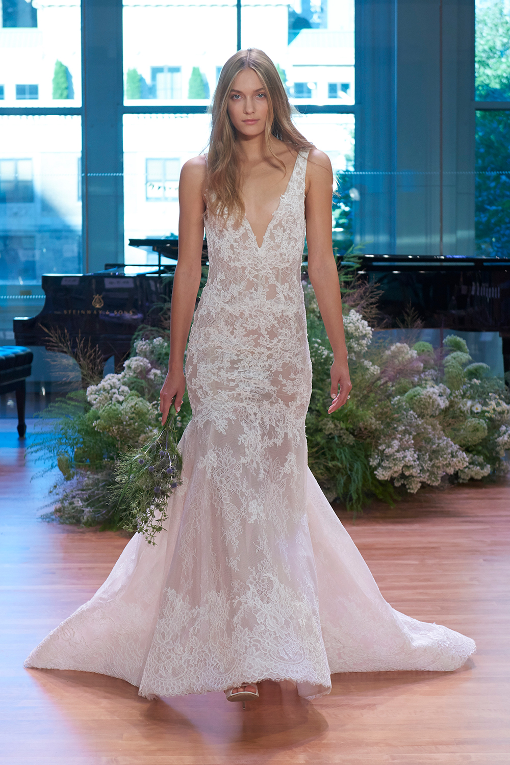 Keaton - Monique Lhuillier Fall 2017 Bridal Collection. www.theweddingnotebook.com