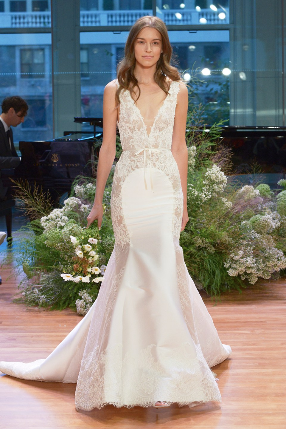 Remember - Monique Lhuillier Fall 2017 Bridal Collection. www.theweddingnotebook.com