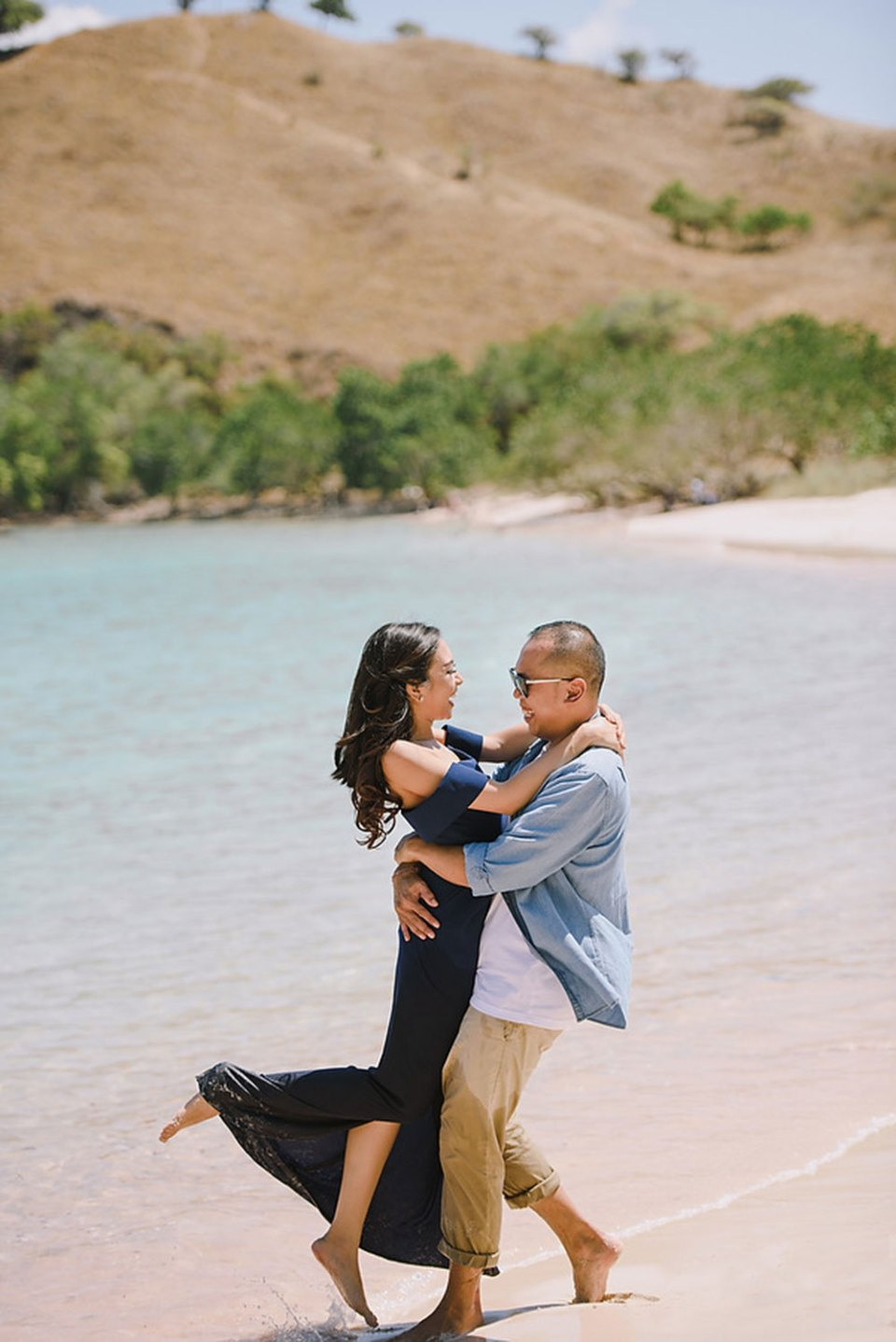 Photo by Gusde Photography. p://www.theweddingnotebook.com