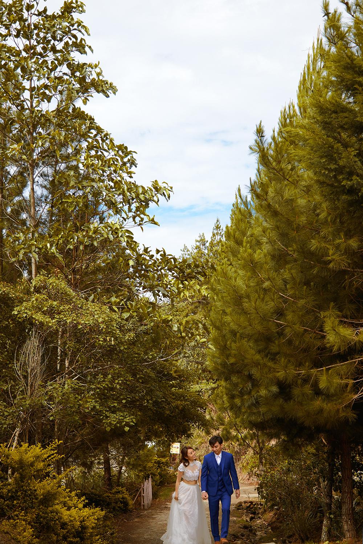 Photo by Threebox Studio. www.theweddingnotebook.com