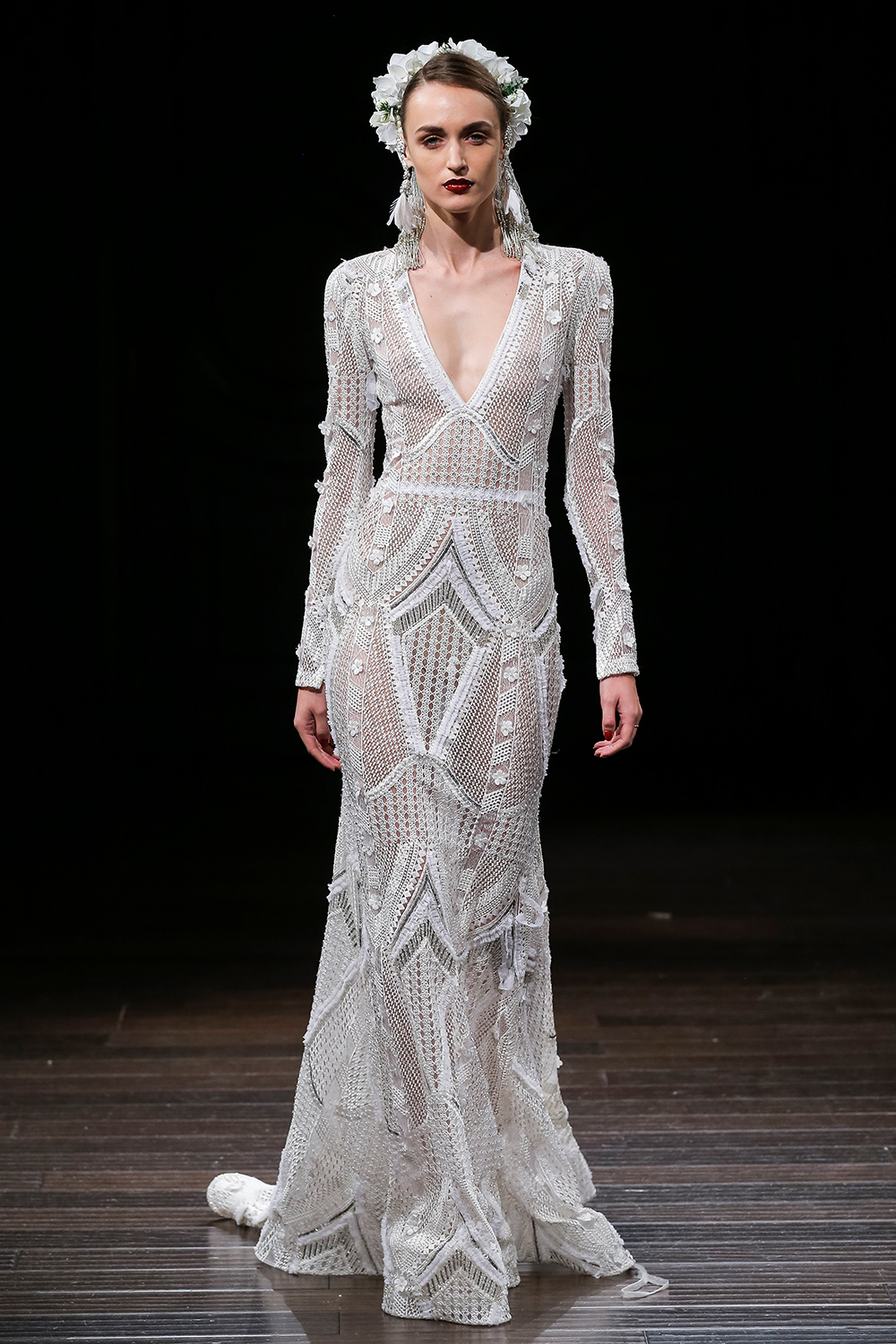 BROOKLYN - Naeem Khan 2018 Bridal Collection. www.theweddingnotebook.com