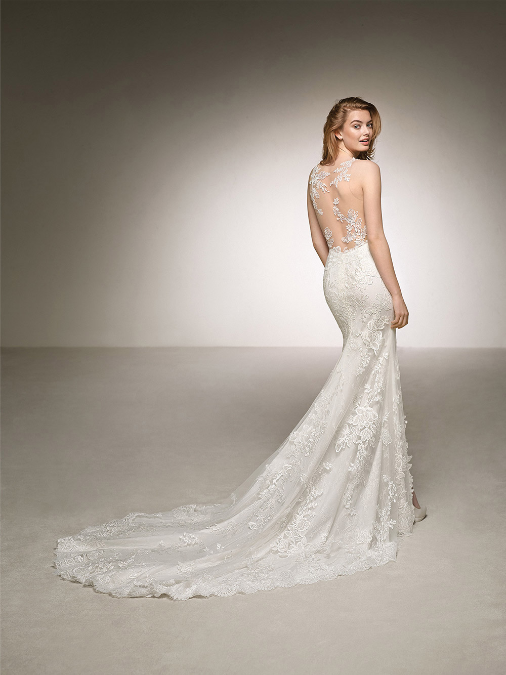 Dauco - Pronovias 2018 Bridal Collection. www.theweddingnotebook.com