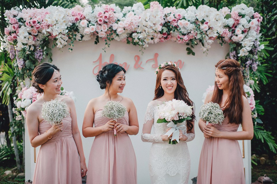 Blush pink wedding backdrop. Photo by Mcs Wedding Gallery. www.theweddingnotebook.com