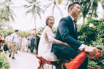 Photo by TK Photography. www.theweddingnotebook.com