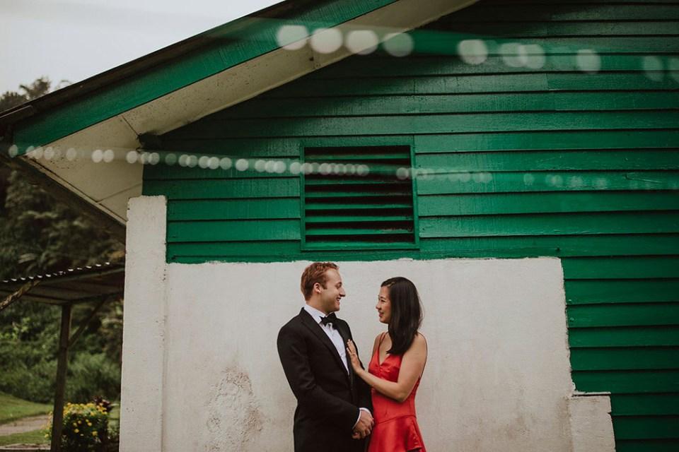 Photo by Hellow Jane Lee. www.theweddingnotebook.com