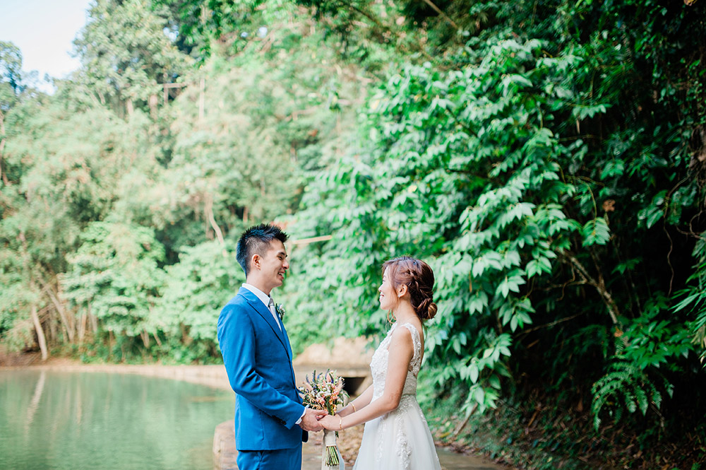 Photo by Bitesize Visuals. www.theweddingnotebook.com