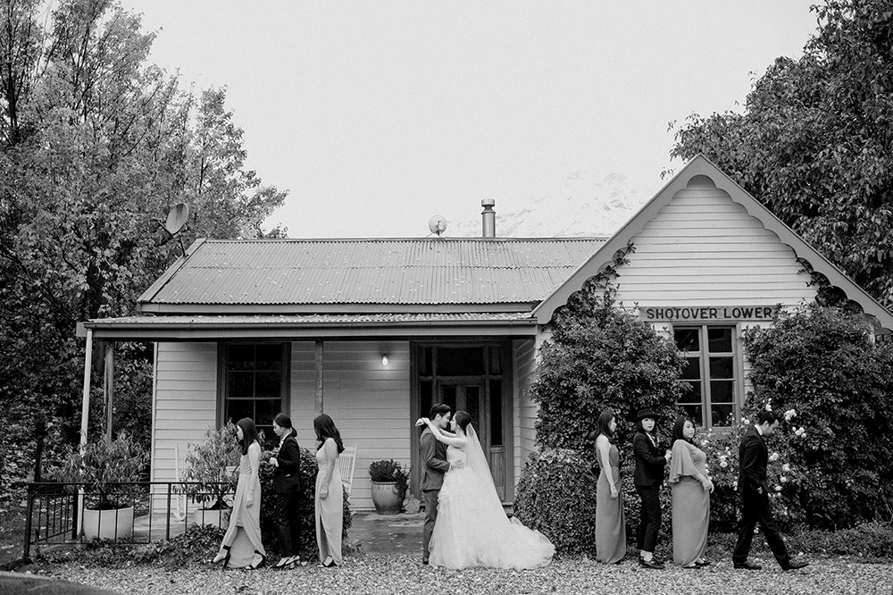 Photography by Axioo. www.theweddingnotebook.com