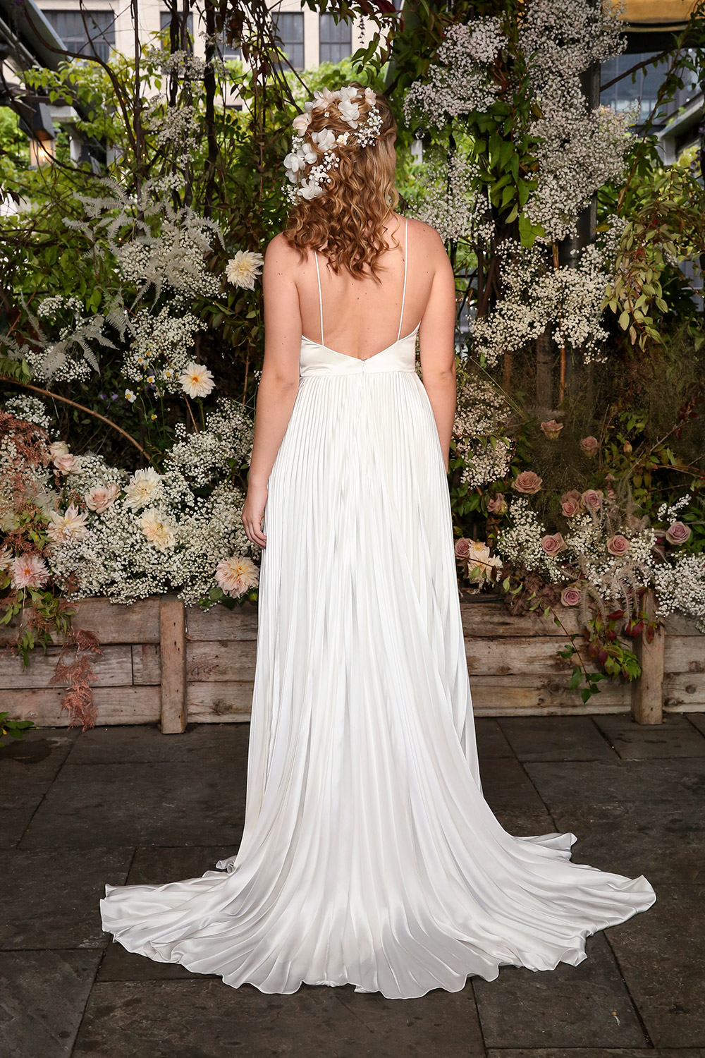 Alexandra Grecco Fall 2019 Bridal Collection. www.theweddingnotebook.com