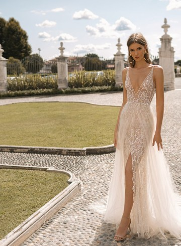 BERTA Privee Fall 2019 Bridal Collection. www.theweddingnotebook.com