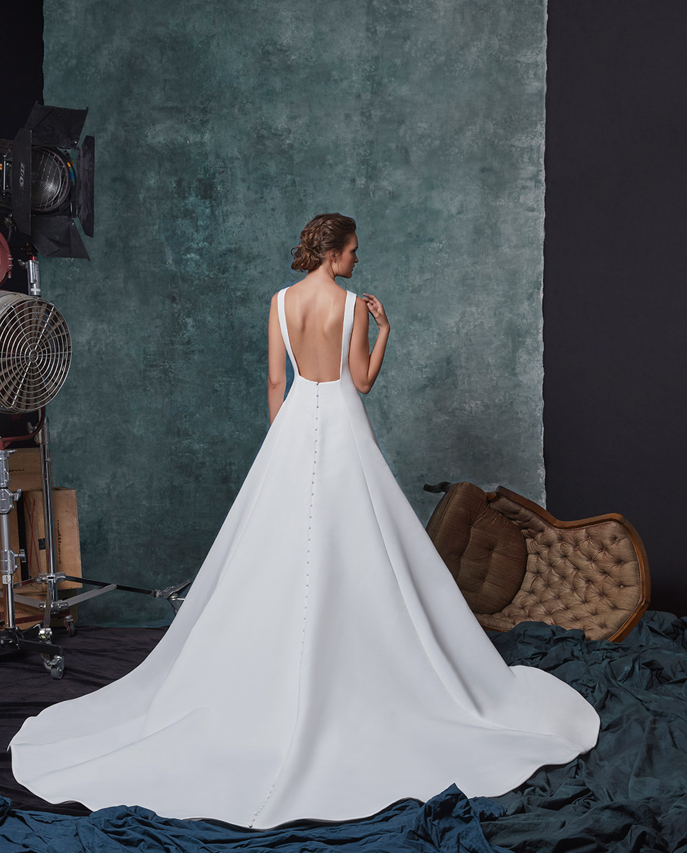 Dakota - Sareh Nouri Fall 2019 Bridal Collection. www.theweddingnotebook.com