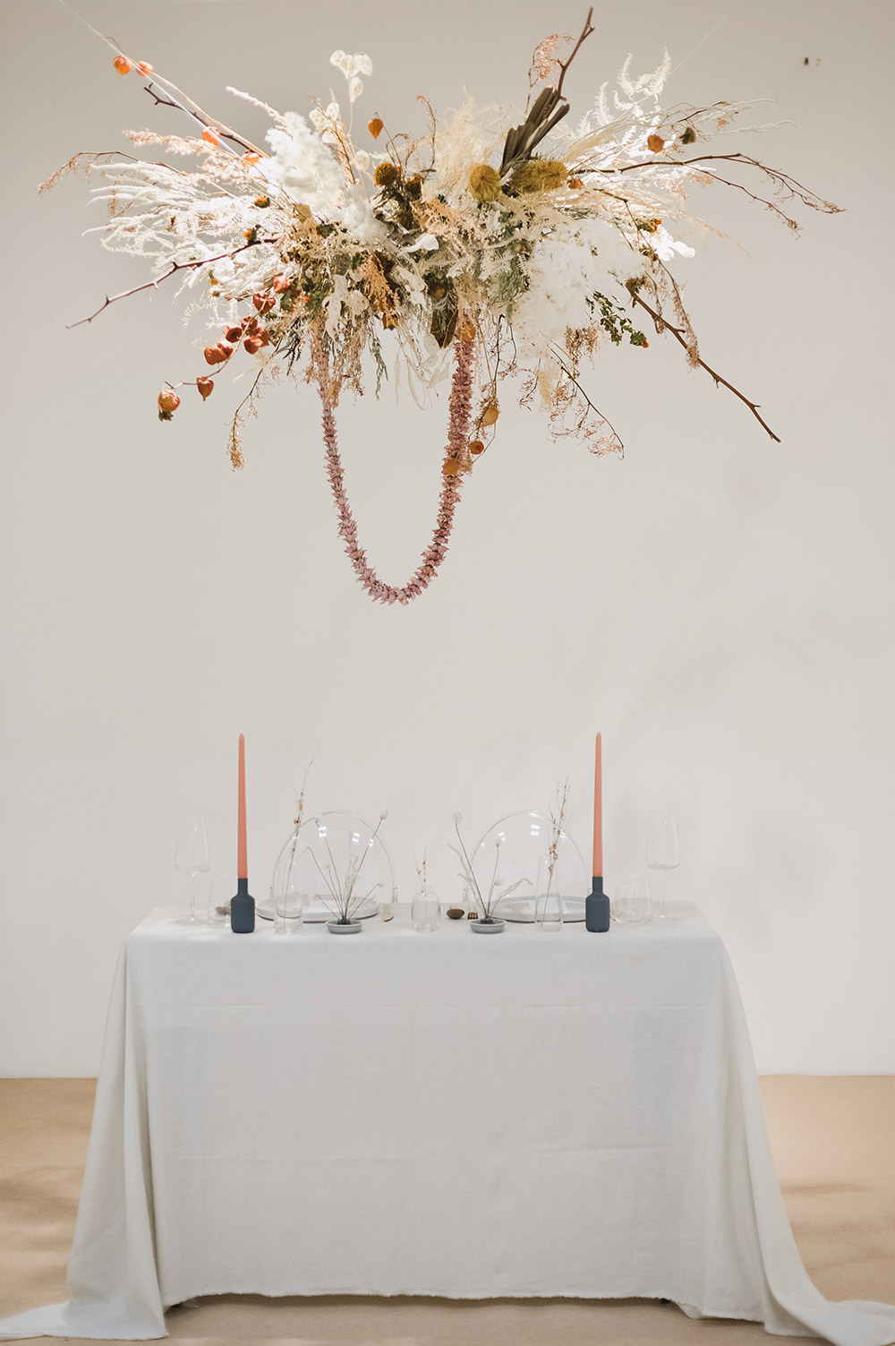 Decor by The Next Big Thing and Wildflowers. WAF - Weddings.Arts.Fashion. www.theweddingnotebook.com