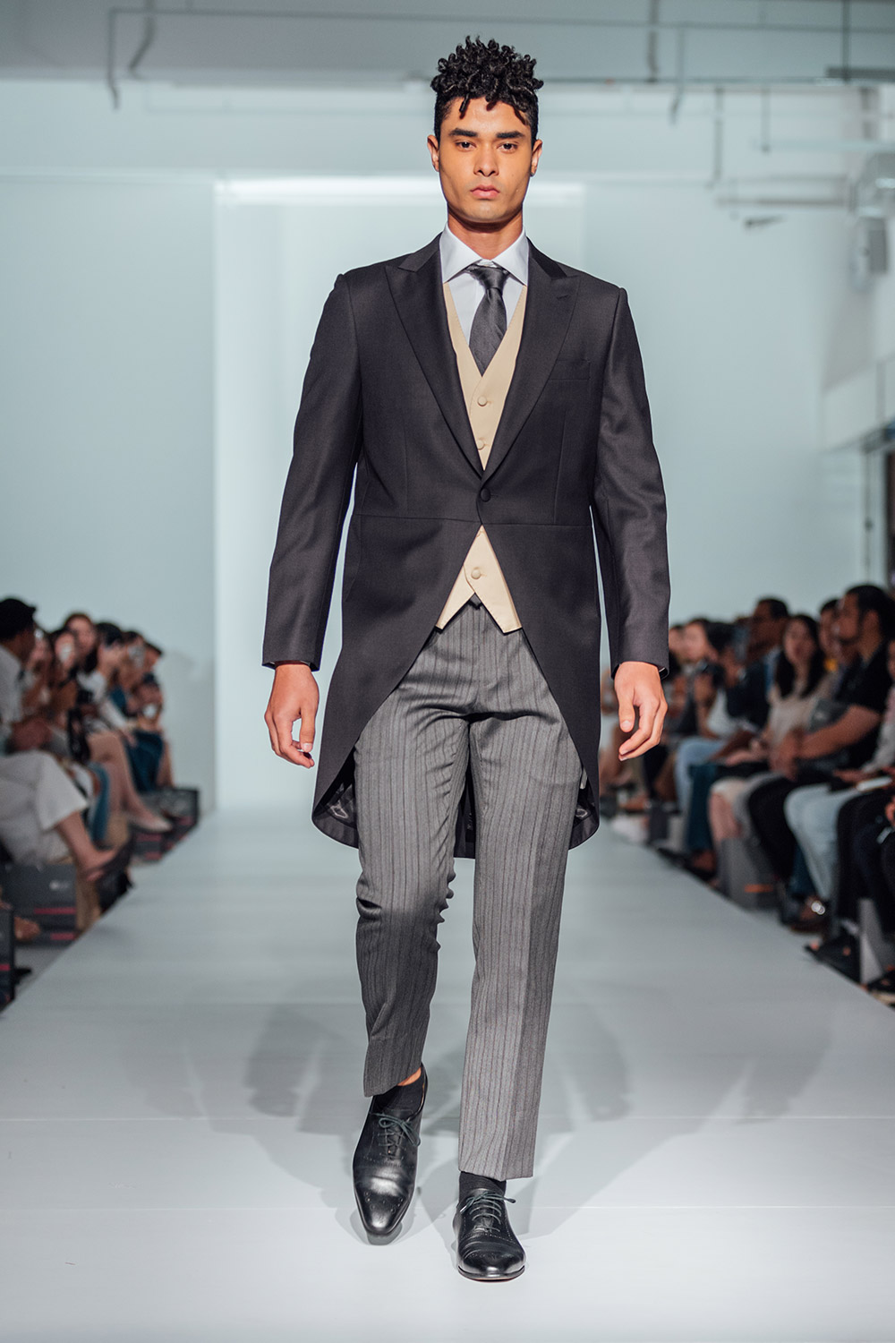 Sacoor Brothers Fall 2019 Collection at WAF2019. www.theweddingnotebook.com