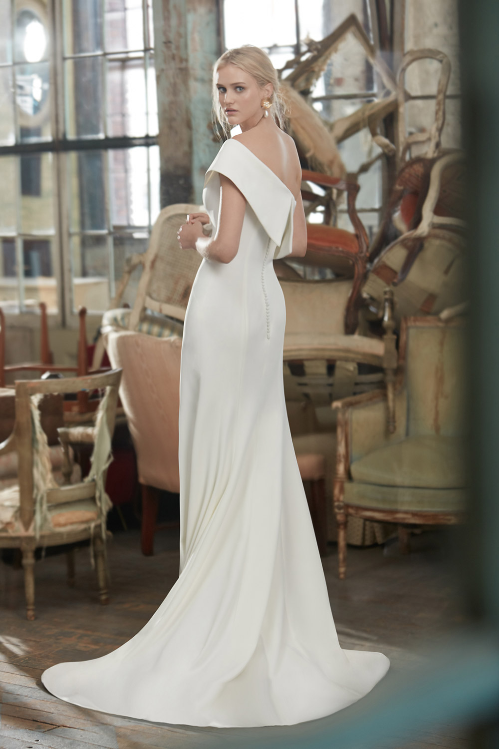 Adeline - Sareh Nouri Fall 2020 Bridal Collection. www.theweddingnotebook.com