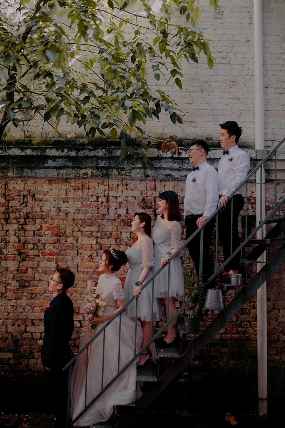 Bridal party at Halaman – A Boutique Guesthouse in Kuala Lumpur. Jessielyee Photography. www.theweddingnotebook.com