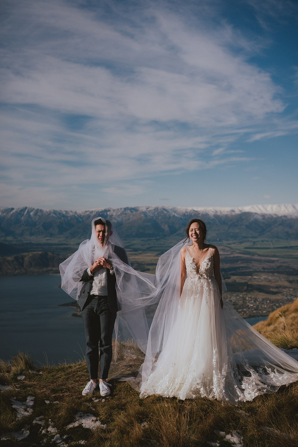 New Zealand bridal portraits. Multifolds Photography. www.theweddingnotebook.com