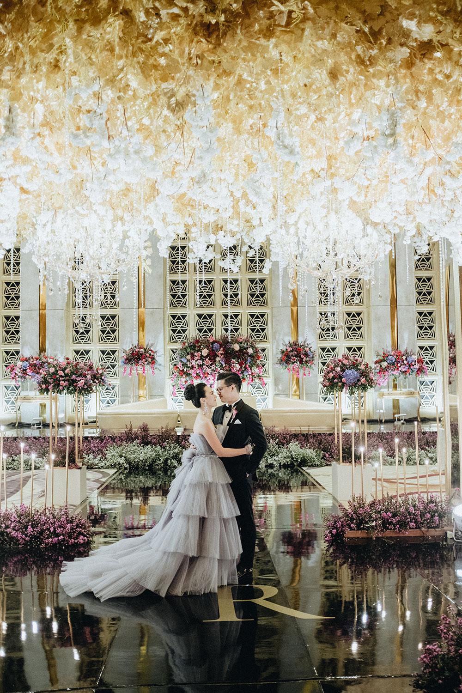 Wedding at The Westin Jakarta. Morden Photography. www.theweddingnotebook.com