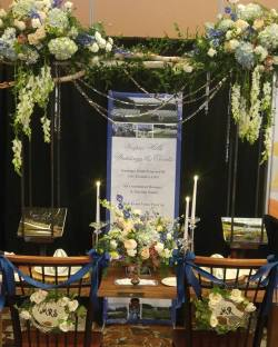 Vespra Hills Golf Club - Nineteen Melrose Floral Studio | Photo: Nineteen Melrose Floral Studio