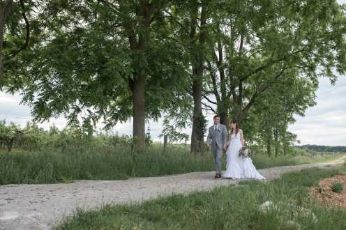 Photo: Hillier Photography   Venue: Brantview Orchard