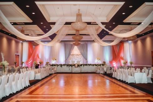 Venue: St. George Banquet Hall | Photo: Tina Lazarevic Photography