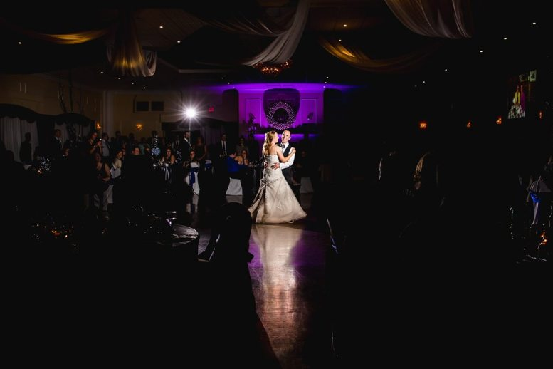 Design Palette of a beautiful Bingemans Wedding | Photo: Gary Evans Photography