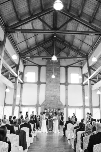 Grey Silo Golf Club Wedding | Photo: Christa O' Connor Photography
