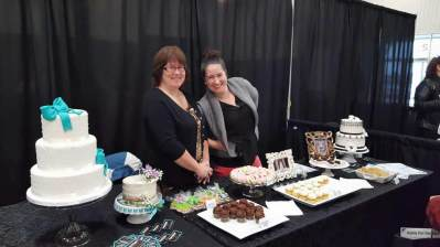 Sugar & Spice Bakery at the Paris Fall 16 Wedding Expo
