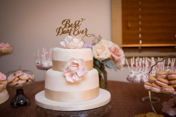 Venue: Bellamere Winery| Decor: To Suit Your Fancy | Photo: One12 Photography