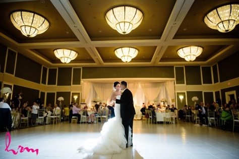 Venue: Best Western Lamplighter Inn | Photo: HRM Photography