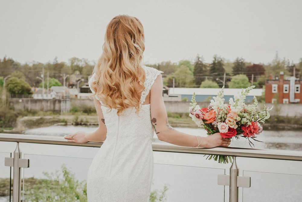 PHOTO: Julie Nicole Photography | VENUE: Cambridge Mill