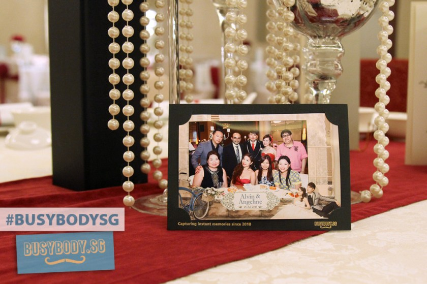 Busybody table shot wedding favour