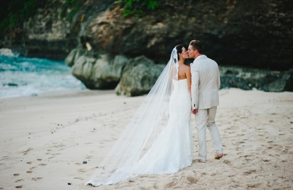 wedding photographers indonesia - Gusde Photography - OneThreeOneFour