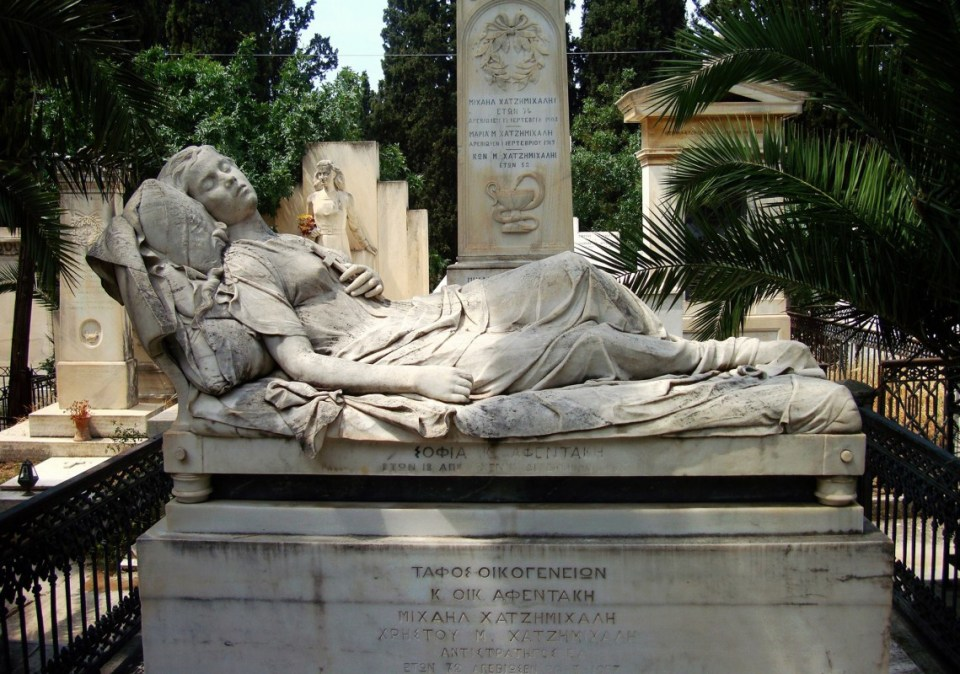athens-honeymoon_first-cemetery-of-athens-2