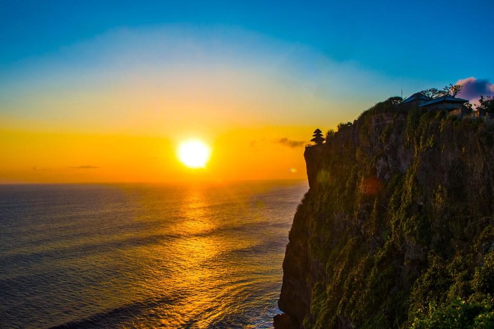 Things to Do Bali Honeymoon Sunset at Ulutwatu Temple