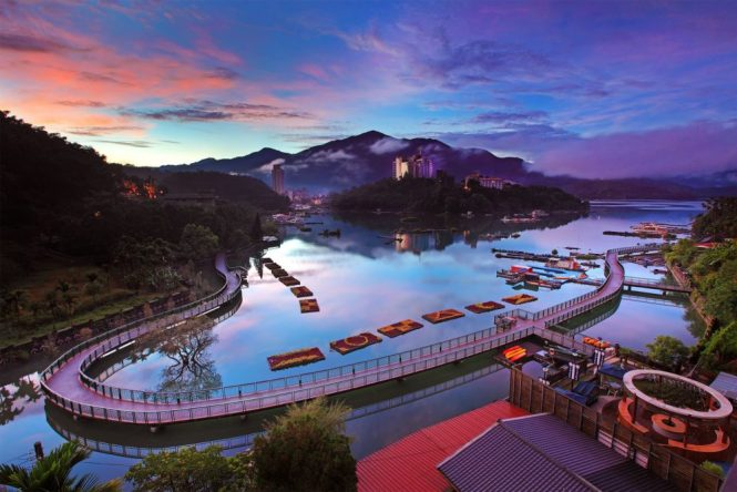 Taiwan Honeymoon Sun Moon Lake
