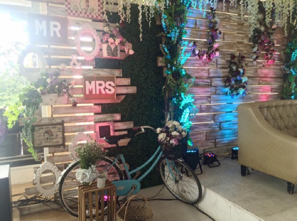 wedding decorations - The Wedding Bachelors - Facebook