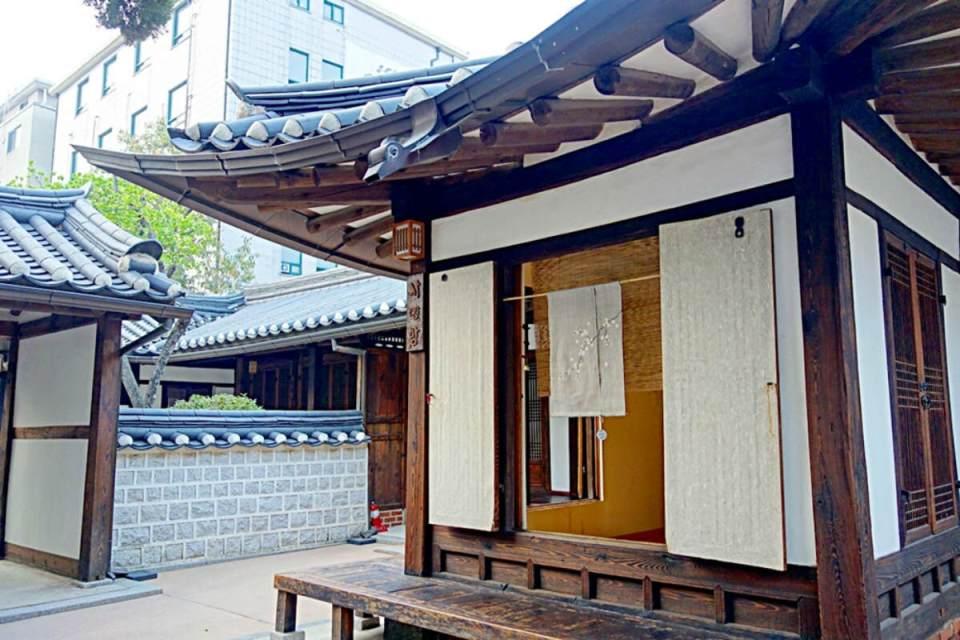 Seoul - hanok - tziaaa(1)