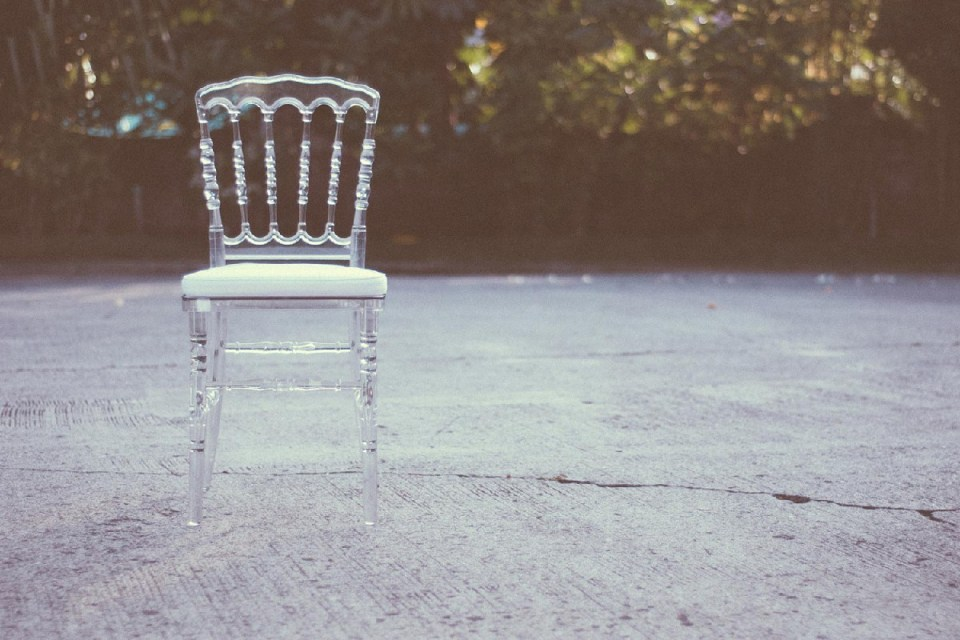 rent wedding chairs - Cilla Co.