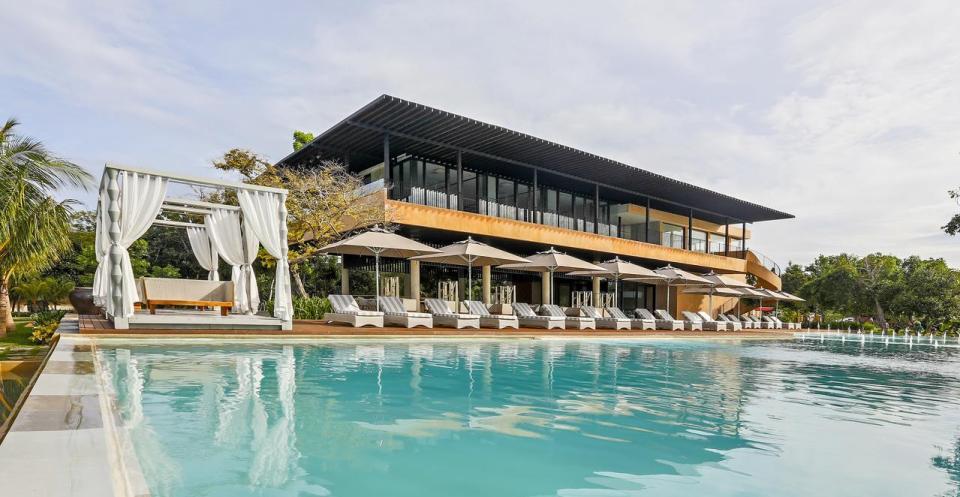 philippine honeymoon Amorita Resort