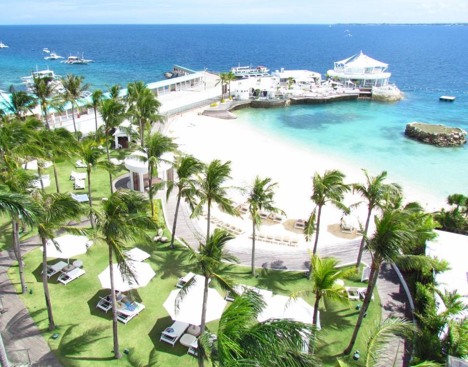 philippine honeymoon Movenpick Hotel Mactan Island
