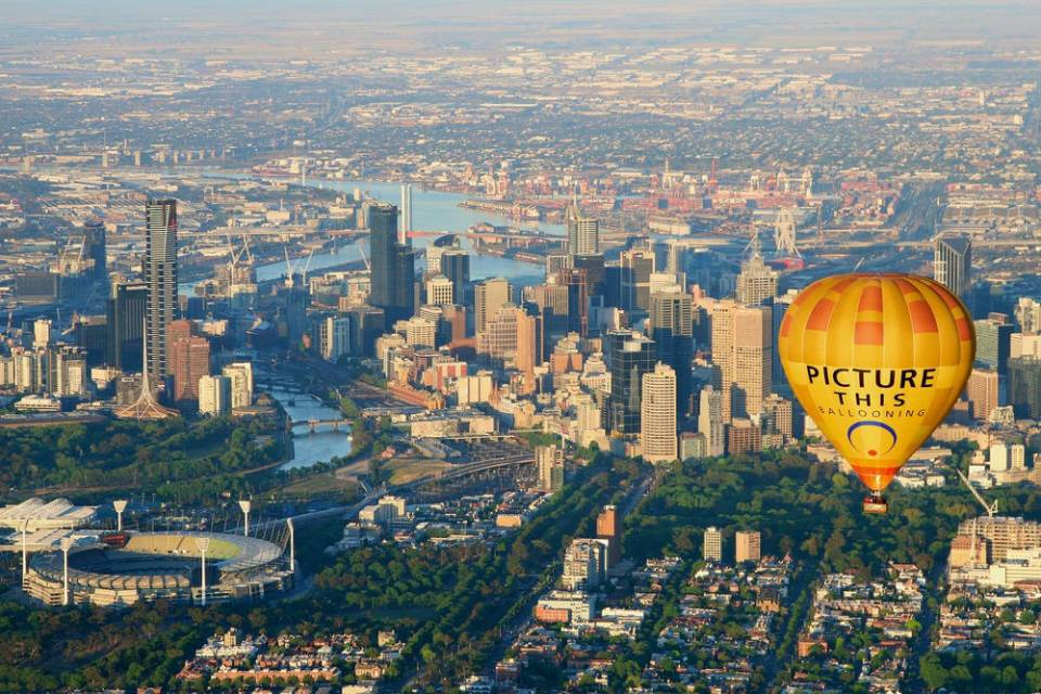 Australia Honeymoon Melbourne Hot Air Balloon Sunrise