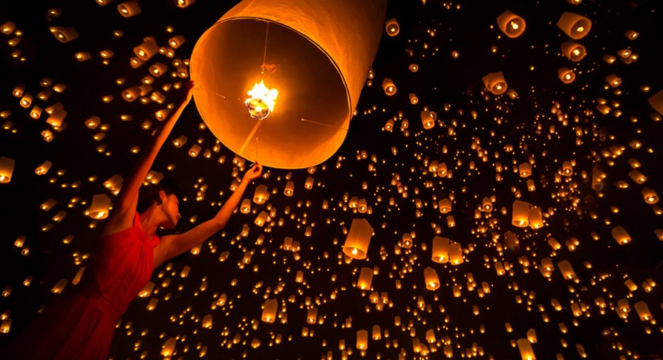 Chiang Mai Honeymoon - Yi Peng Festival - Wandererz