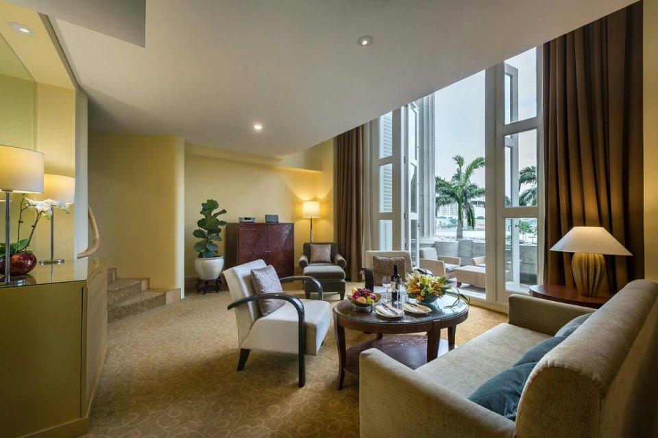 Fullerton Wedding - Loft Suite Living Room
