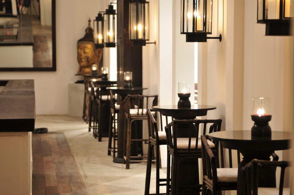 Bar (Evening II) - Tamarind Hill Singapore
