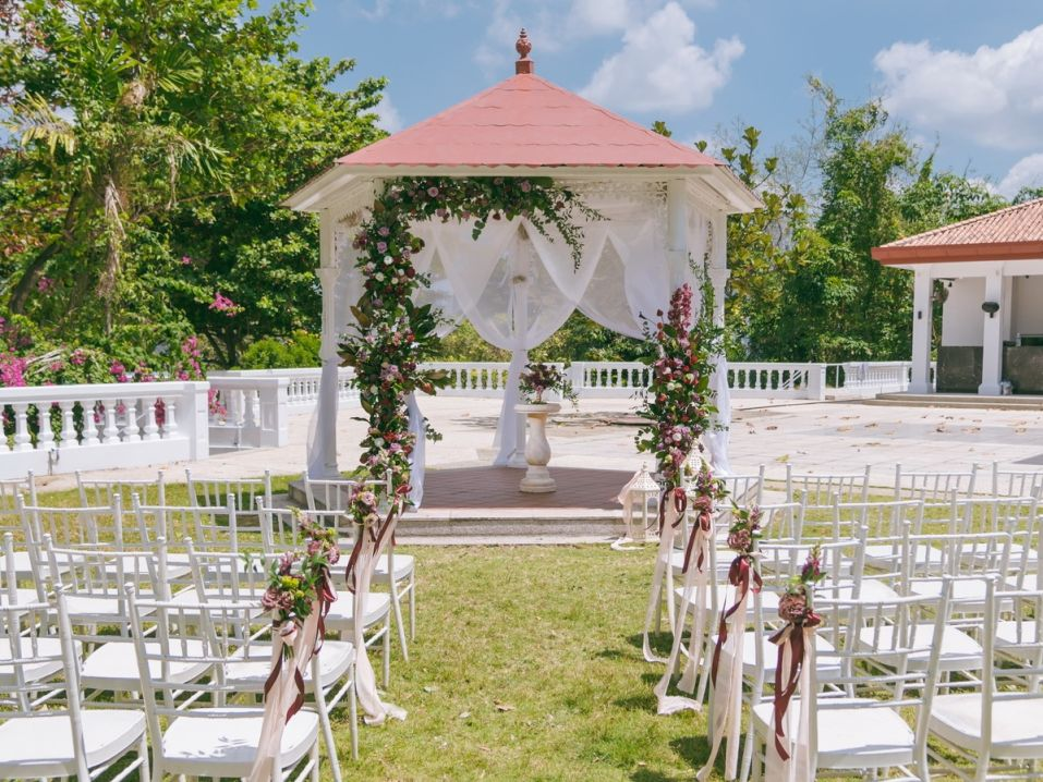 garden wedding venue singapore The Alkaff Mansion