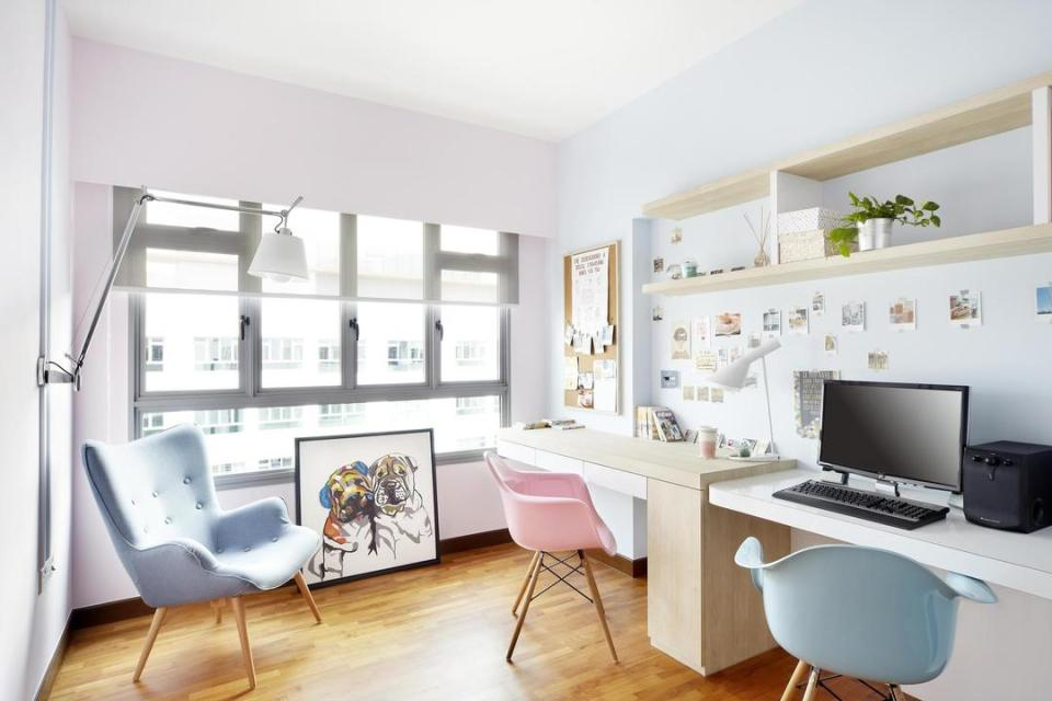 sacndinavian study work desk home