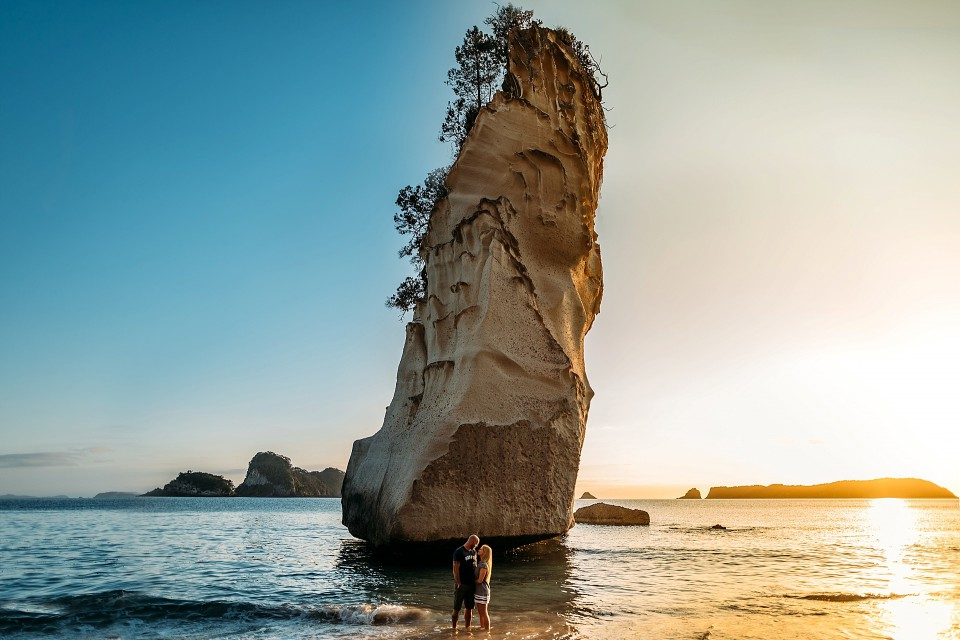 new zealand photoshoot location cathedral cove