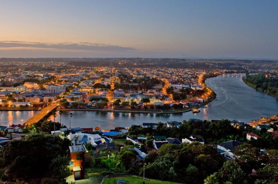 new zealand north island honeymoon whanganui