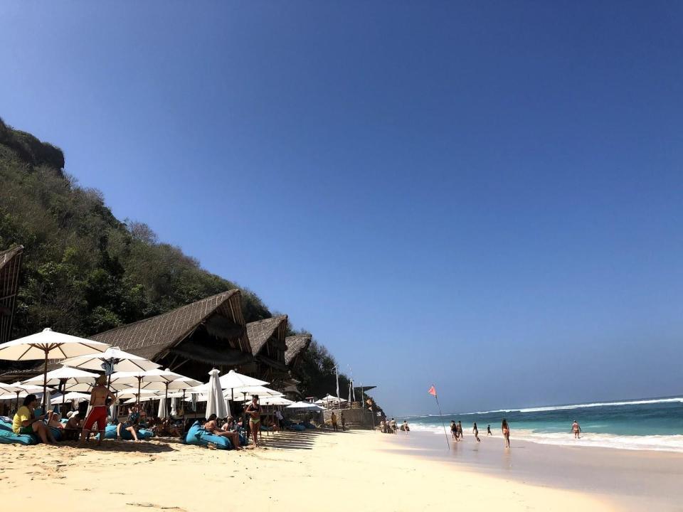 uluwatu honeymoon Sundays Beach Club